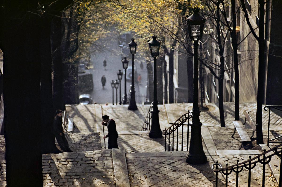 •Montmarte, Paris 1954