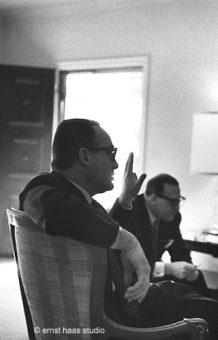 Dino de Laurentis meeting with John Huston