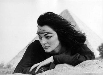 Ivy Nicholson, Land of the Pharaohs, Egypt, 1955