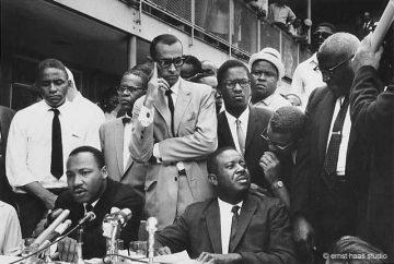 Martin Luther King, Jr, Birmingham, Alabama, 1963